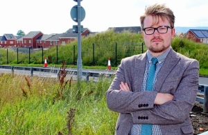 New Fence on Key Route to Boost Pedestrian Safety