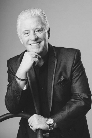 Derek Acorah Returns to Middlesbrough Theatre