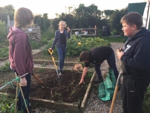 Green Fingered Youngsters Win Award